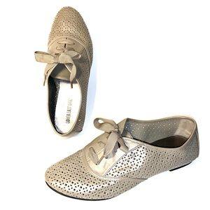 Sz 9 Taupe Ribbon Laces Faux Leather Jazz Shoe